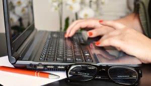 Woman-on-Laptop